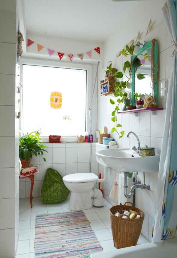 30 banheiros funcionais e pequenos 016