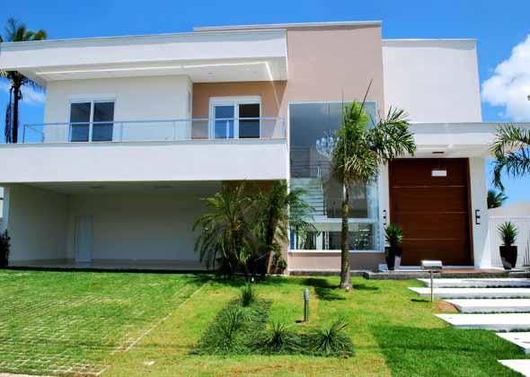 Fachadas de casas de luxo 002
