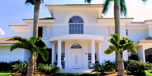 Fachadas de casas de luxo 005