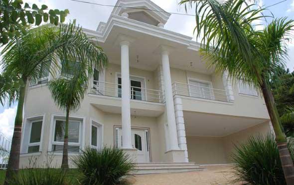 Fachadas de casas de luxo 010