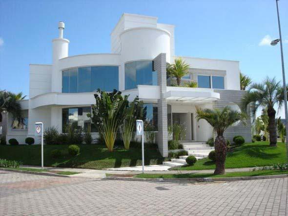 Fachadas de casas de luxo 013
