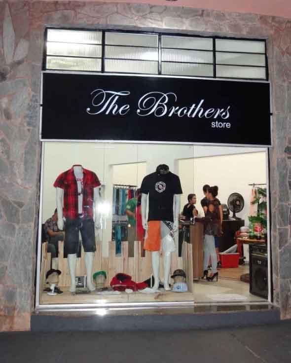 Fachadas de lojas pequenas 012