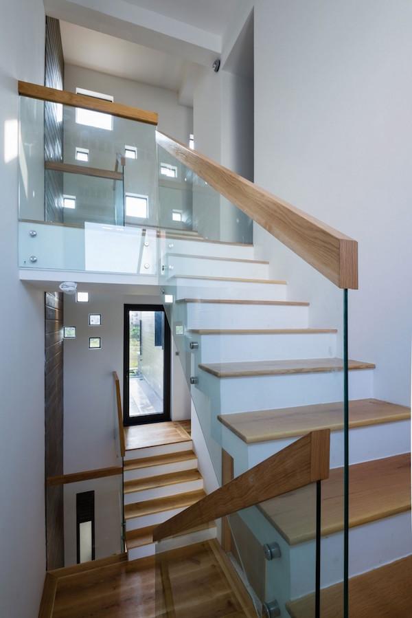 BQ-17 Residence, casa minimalista10
