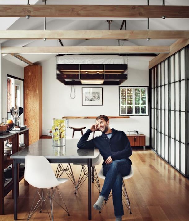 Cama retrátil ideal para interiores pequenos1