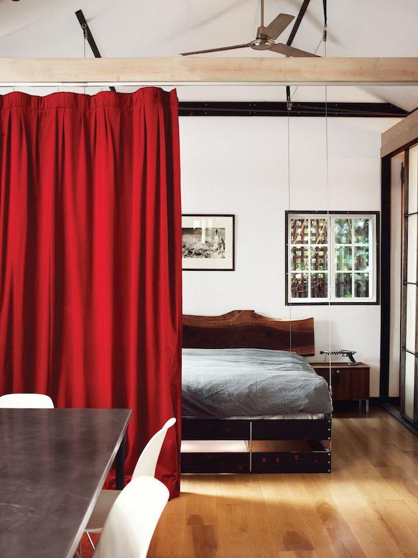 Cama retrátil ideal para interiores pequenos2