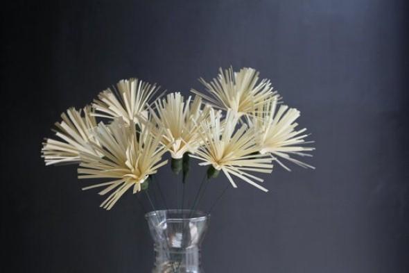 Como fazer flores de papel 001