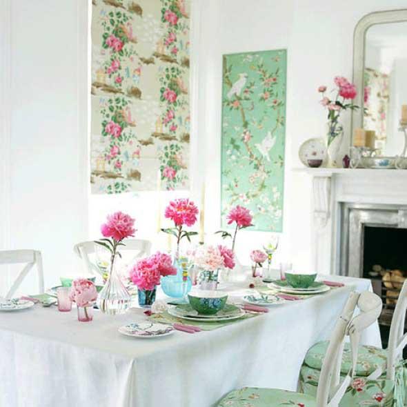 Decorar uma sala de jantar romântica 005