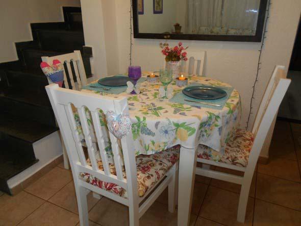 Decorar uma sala de jantar romântica 012