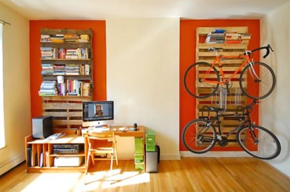 Painel de parede feito com paletes 016