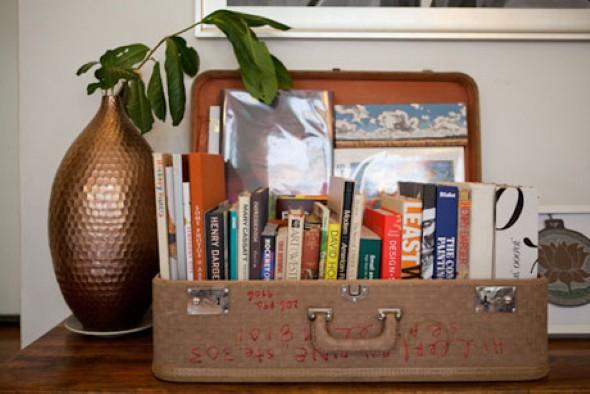 Baús e malas antigas na decoração 006