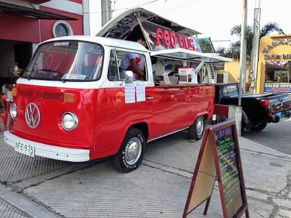 Todo o charme da Kombi Food Truck 007