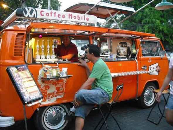 Todo o charme da Kombi Food Truck 009
