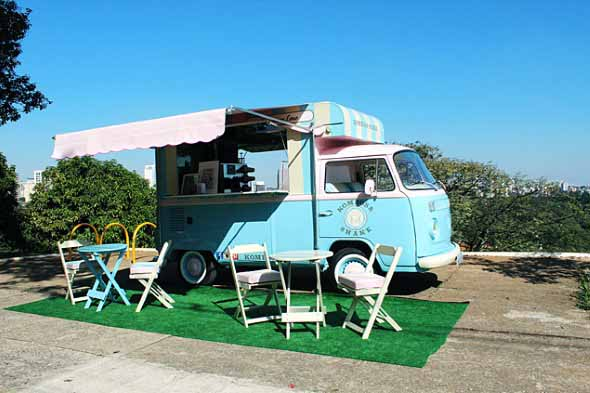 Todo o charme da Kombi Food Truck 013