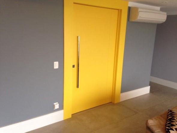 Cores das portas podem fazer diferença na decoração 006