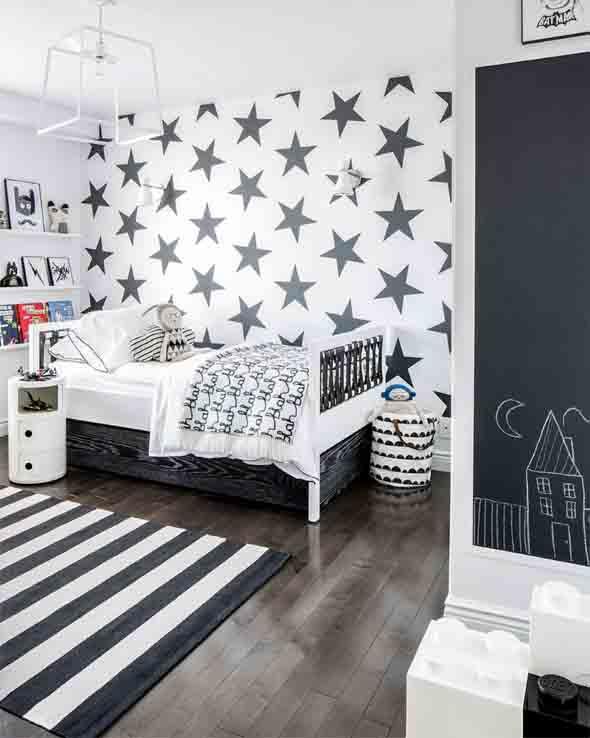 Decoração preto e branco no quarto 010
