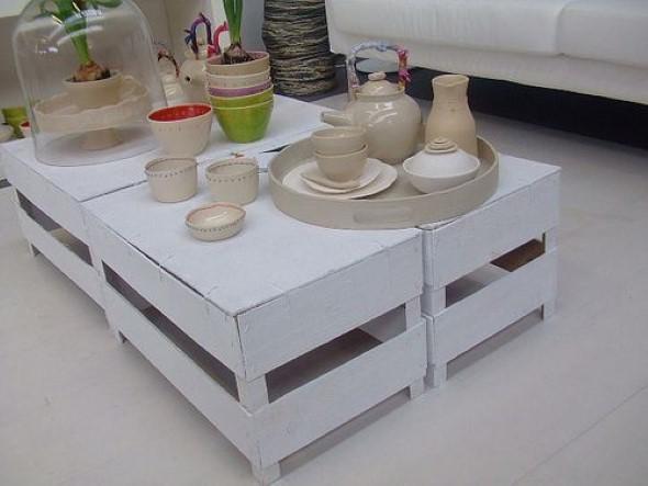 Mesas feitas com paletes e caixotes de feira 015