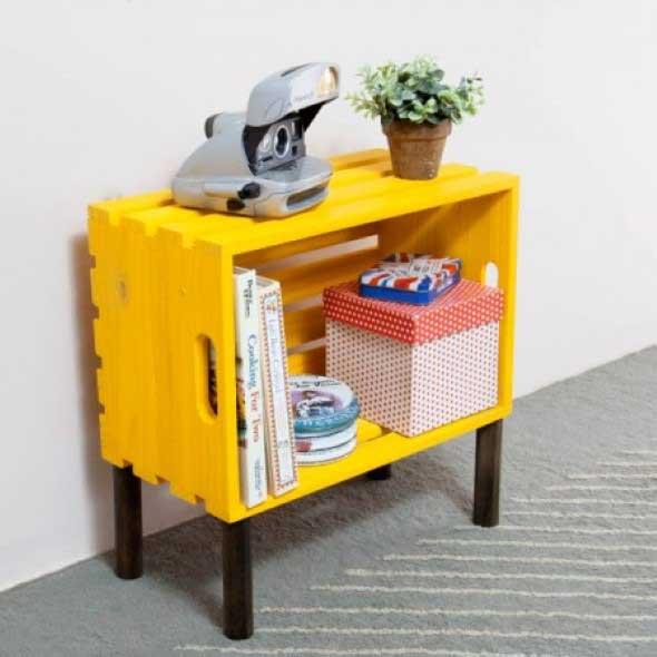 Mesas feitas com paletes e caixotes de feira 020