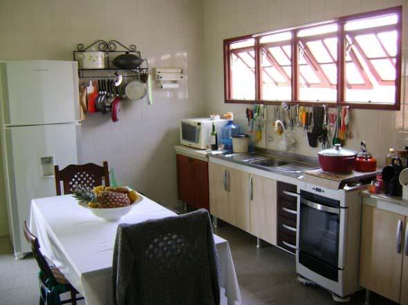 Dicas para aumentar o espaço da cozinha pequena 007