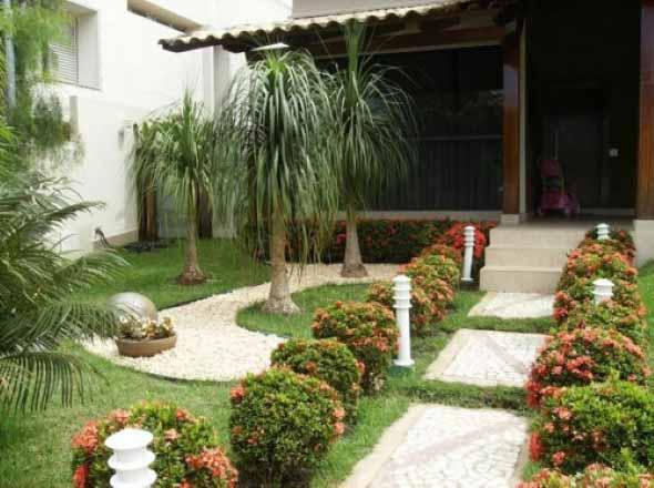 Quintal pequeno com jardim um espa o aconchegante em seu lar for Jardin pequeno moderno