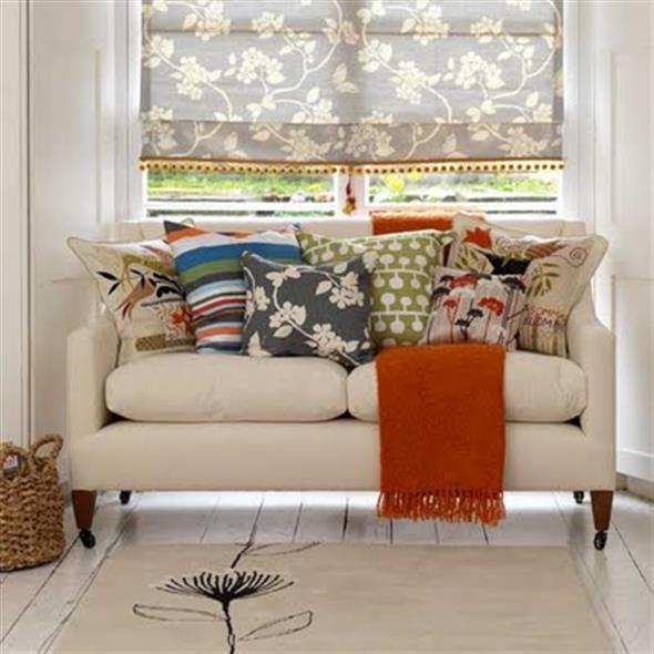 Combinações de almofadas e mantas na decoração 006