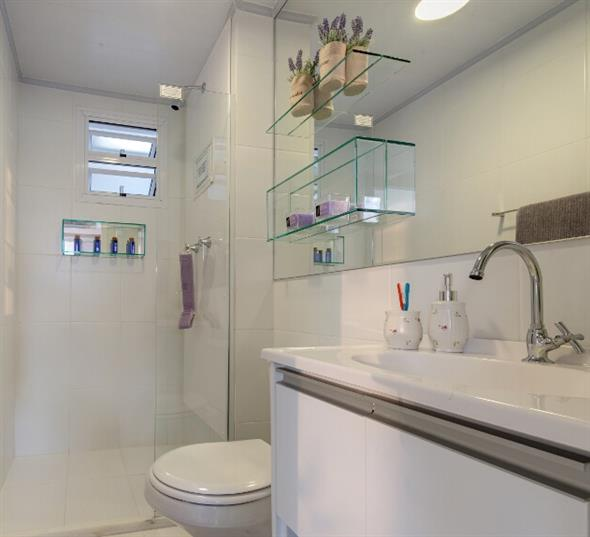 Prateleiras e nichos para deixar seu banheiro mais organizado -> Nicho Redondo Banheiro