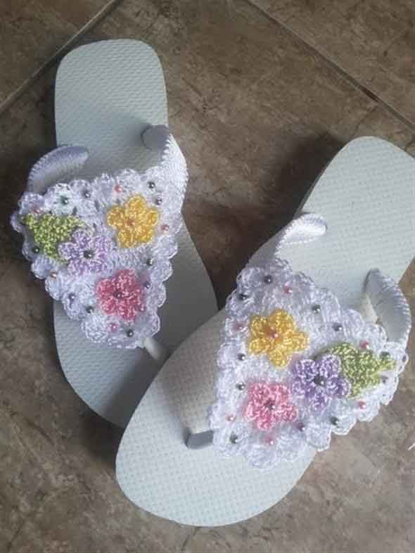 Decorar chinelo com crochê 002