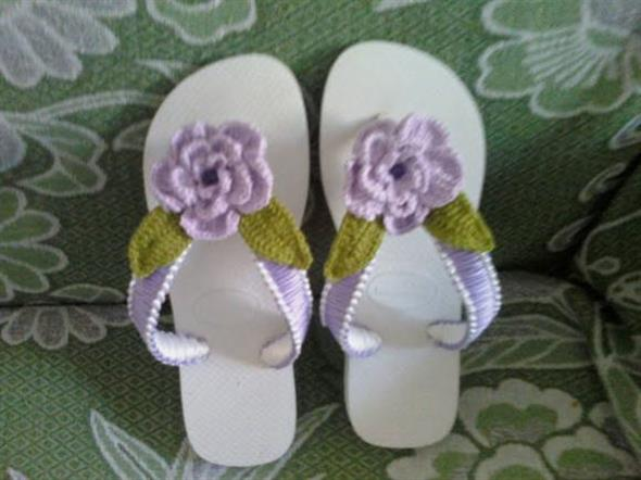 Decorar chinelo com crochê 003