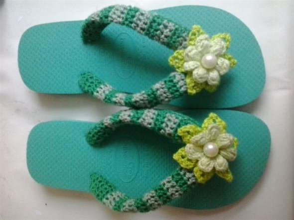 Decorar chinelo com crochê 008