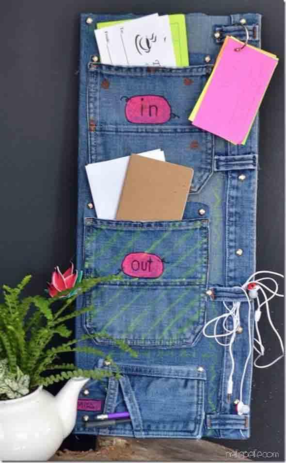 Painel organizador feito de jeans 012