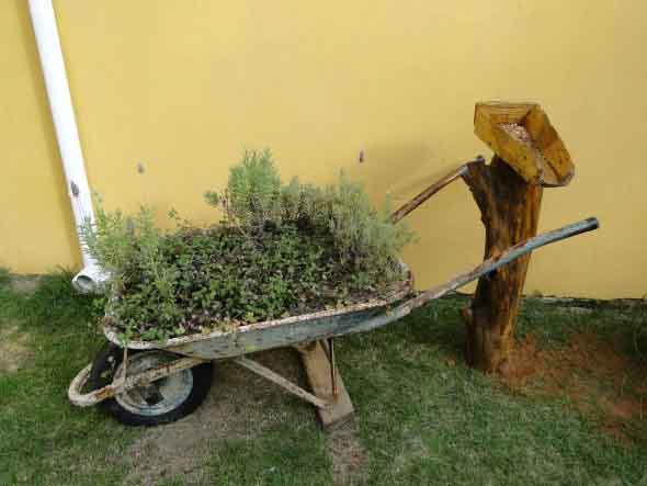 Decoração rústica para seu quintal 014