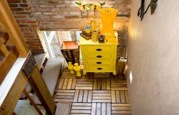 Como fazer um deck de madeira em casa 013