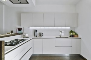 cozinhas-brancas-para-voce-se-inspirar-004
