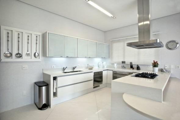 cozinhas-brancas-para-voce-se-inspirar-016