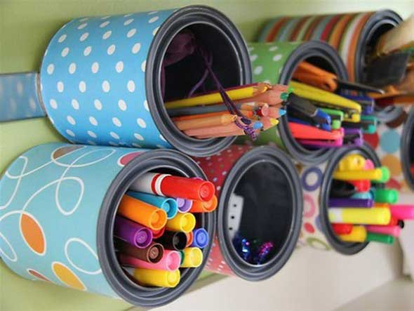 ideias-charmosas-para-usar-latinhas-na-decoracao-020
