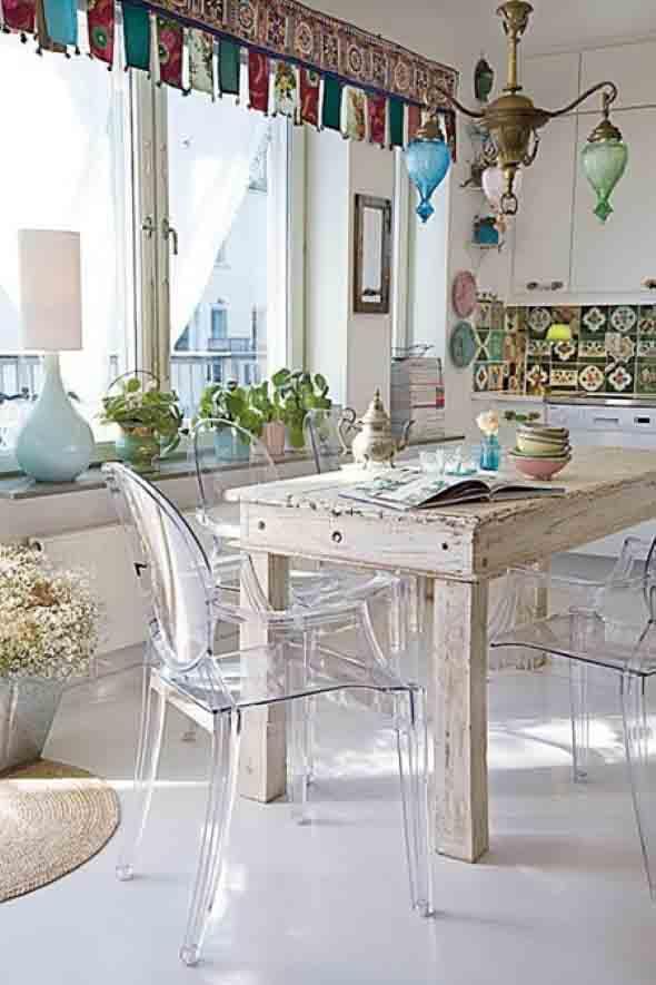 mesa-rustica-com-cadeiras-modernas-006