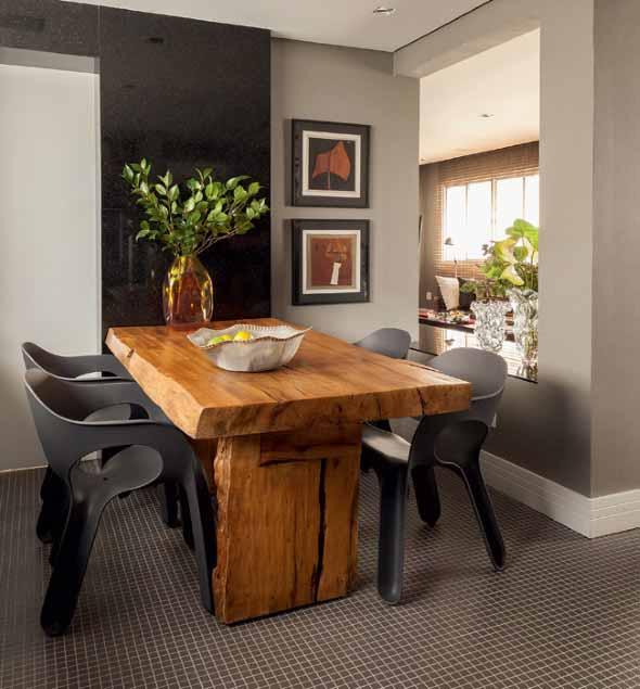 mesa-rustica-com-cadeiras-modernas-016