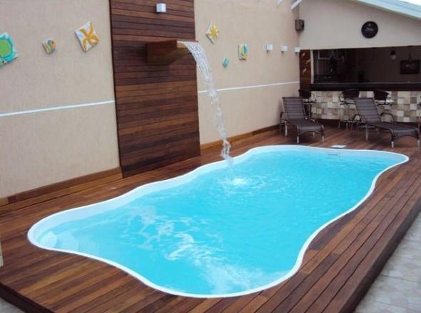 piscina-com-deck-de-madeira-004