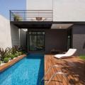 piscina-com-deck-de-madeira-012