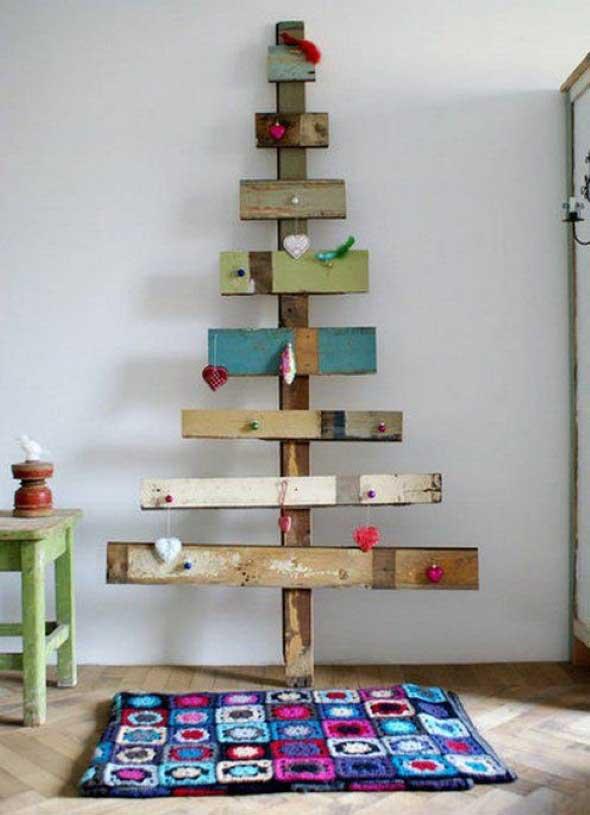 arvore-de-natal-feita-com-diversos-materiais-010