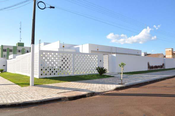 modelos-de-muros-para-fachadas-de-casas-008