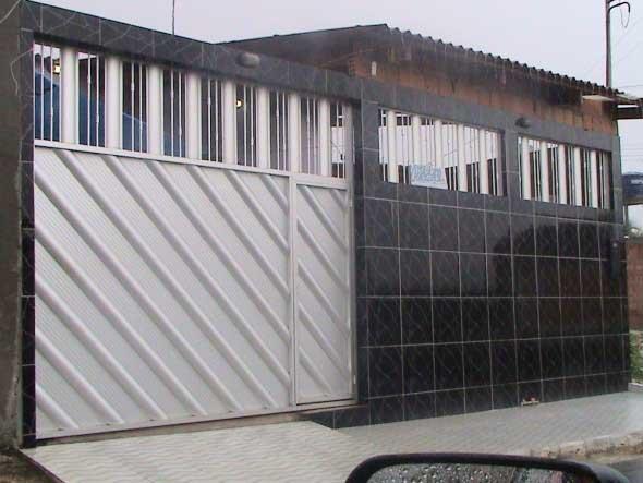 Modelos de muros para fachadas de casas for Modelos de fachadas para frentes de casas