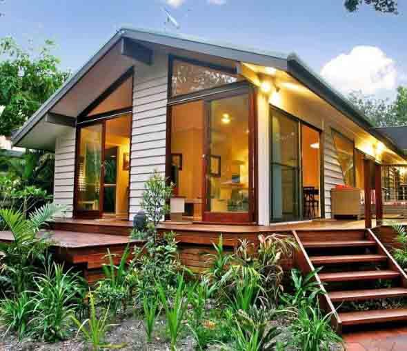 Casa de madeira charmosa e funcional for Casas rusticas pequenas