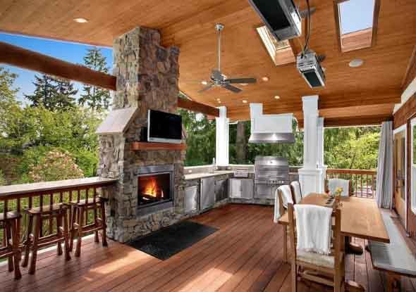 Casa de madeira charmosa e funcional 011
