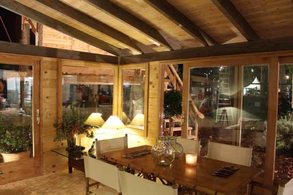 Casa de madeira charmosa e funcional 012