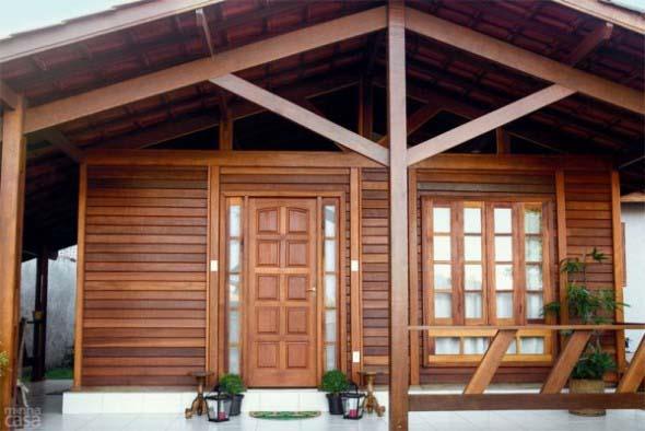 Casa de madeira charmosa e funcional 016