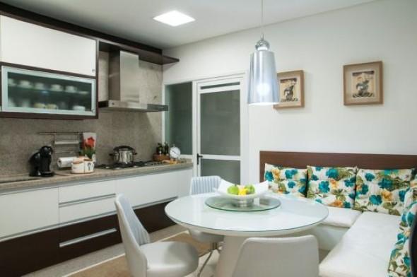 cozinhas-com-mesas-016