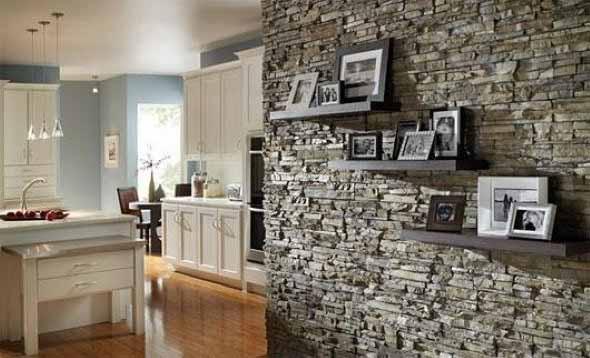 Decorar um ambiente com parede de pedra 009