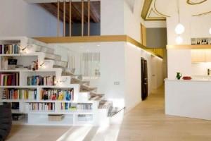 faca-do-espaco-da-escada-uma-biblioteca-002