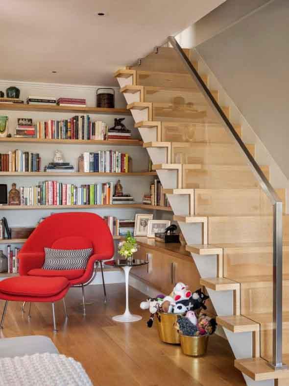 faca-do-espaco-da-escada-uma-biblioteca-004