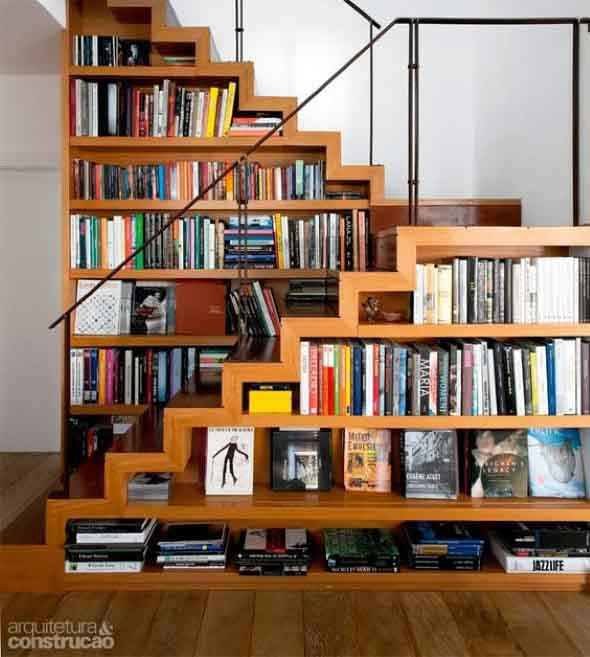 faca-do-espaco-da-escada-uma-biblioteca-007